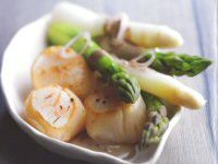 Asparagus and Scallops Salad