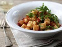 Basil Gnocchi with Tomato Sauce