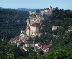 Rocamadour, the town that hangs on a cliff
